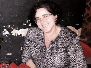 Eliane Cruz - Assistente Social, Mestre em Direitos Humanos e Cidadania e Doutoranda de Bioética/UnB